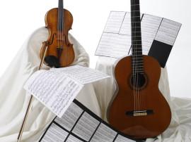 Bodegón de violín y guitarra